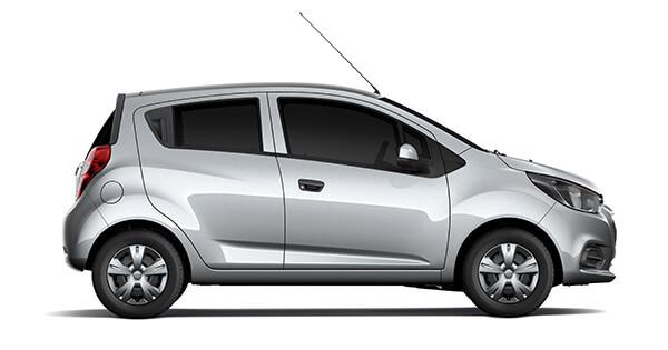Mẫu ô tô rẻ nhất Việt Nam Chevrolet Spark Duo tiếp tục giảm giá