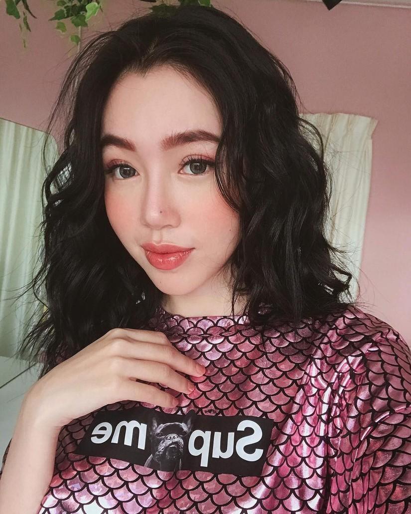Elly Trần khoe mặt mộc, Elly Trần