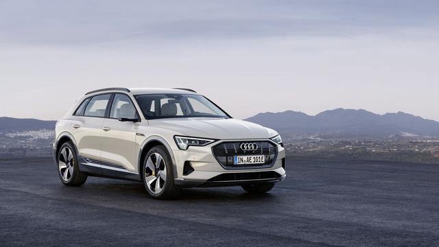 Audi chính thức ra mắt xe ô tô chạy điện2