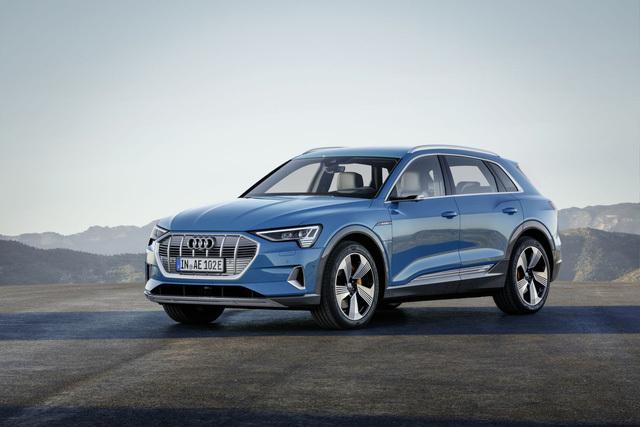 Audi chính thức ra mắt xe ô tô chạy điện3