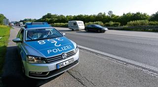 Ở Đức, CSGT phạt xe vi phạm trên cao tốc như thế nào?