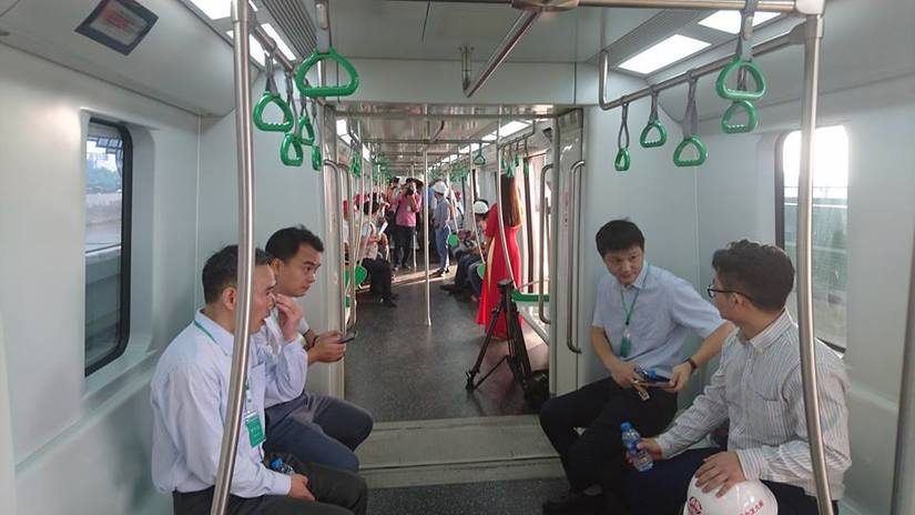 Cận cảnh tàu đường sắt Cát Linh - Hà Đông ngày đầu tiên chạy thử