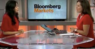 Bloomberg phỏng vấn bà Trần Uyên Phương về khát vọng 'vượt lên người khổng lồ'