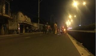Thanh Hóa: Nam thanh niên đang lưu thông trên đường bị trúng đạn ngã gục