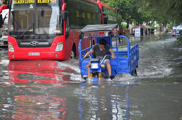 Đường Kinh Dương Vương quận Bình Tân, TP. HCM được coi là một trong những rốn ngập