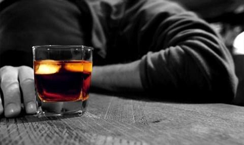 Cách giải rượu, sơ cứu ngộ độc rượu bia đơn giản không ngờ