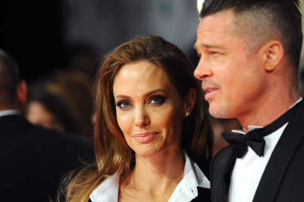 Thực hư tin đồn Angelina Jolie bỗng cầu xin quay lại với Brad Pitt vì sợ anh tái hợp Jennifer Aniston