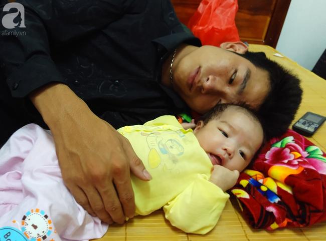 Tắm đêm sau sinh khiến bà mẹ 18 tuổi đột tử, để lại 2 con nhỏ2
