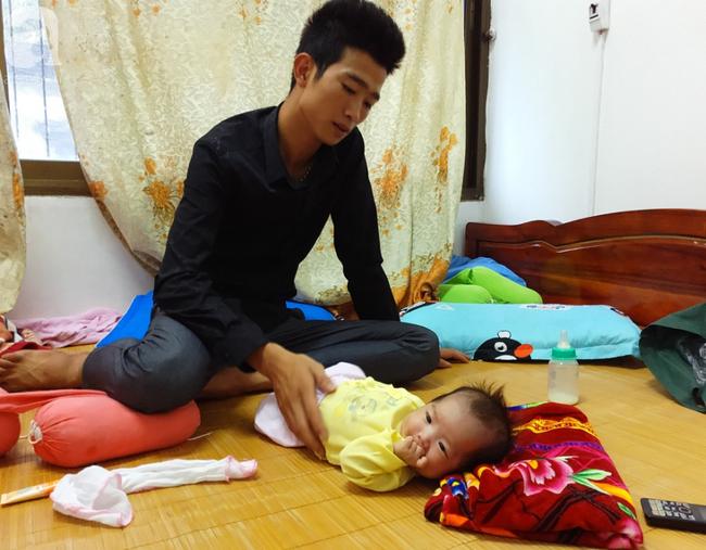 Tắm đêm sau sinh khiến bà mẹ 18 tuổi đột tử, để lại 2 con nhỏ14