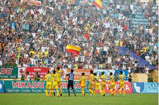 Nam Định bất ngờ vượt mặt cả HAGL và Hà Nội FC