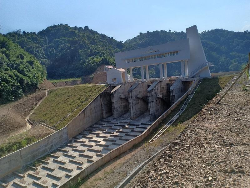 Dự án hồ chứa nước Nặm Cắt có vai trò quan trọng trong điều tiết lũ sông Cầu, phục vụ nước sinh hoạt, tưới tiêu đồng thời tạo cảnh quan môi trường cho thành phố Bắc Kạn. 1