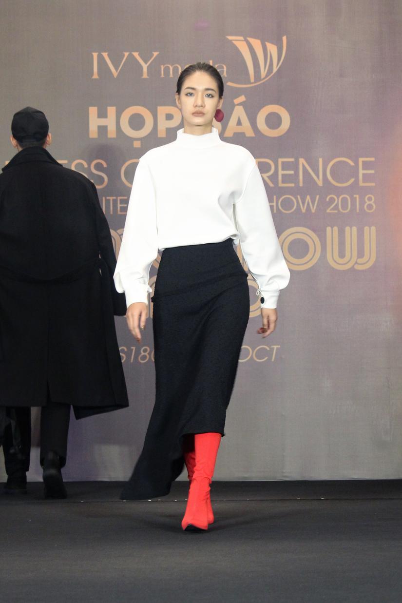 NTK Graeme Armour mang phong cách thời trang châu Âu đến Hà Nội