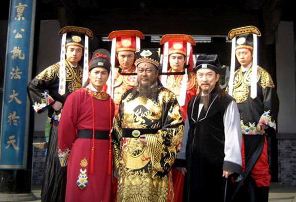 Tuổi già đơn độc và bệnh tật ít biết của Công Tôn Sách của Bao Thanh Thiên