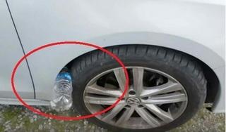Clip: Chiêu thức trộm cắp xe ô tô chỉ với 1 chai nhựa, xem ngay để cảnh giác