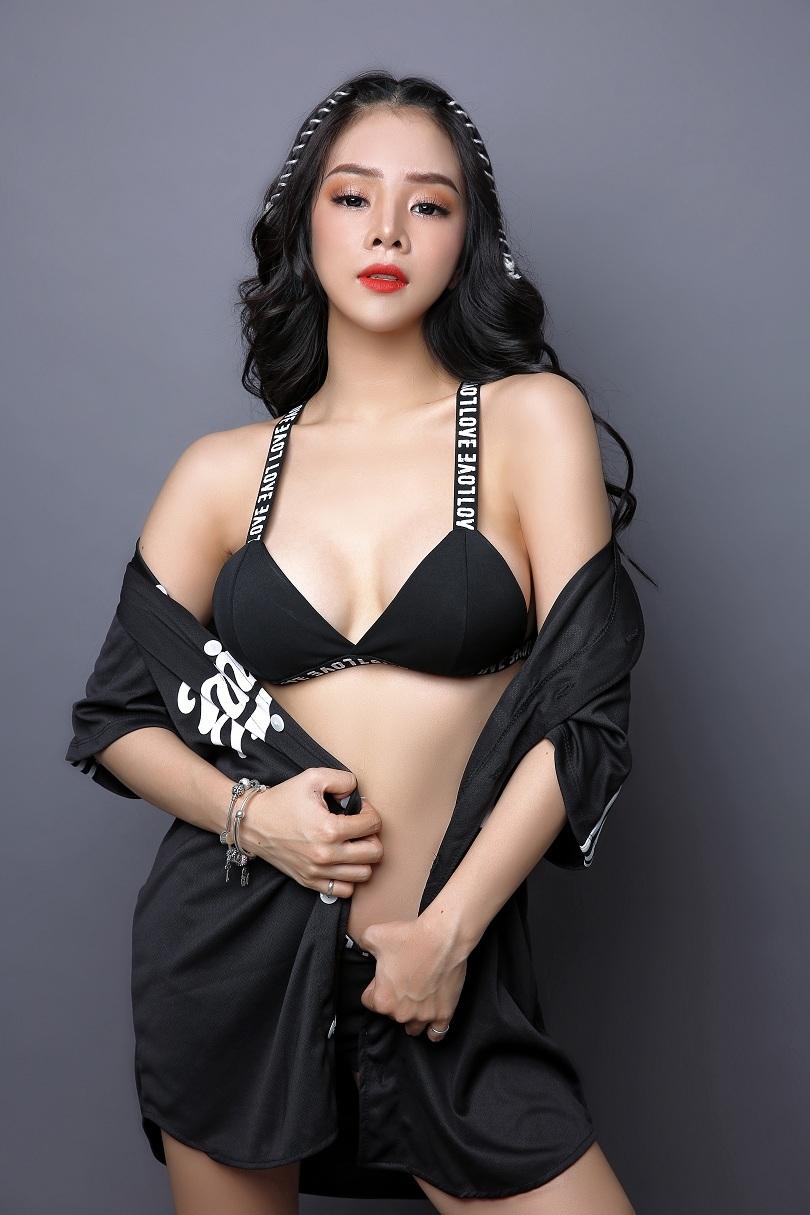 Cô nàng DJ Trương Tiểu My gợi cảm cuốn hút mọi ánh nhìn6