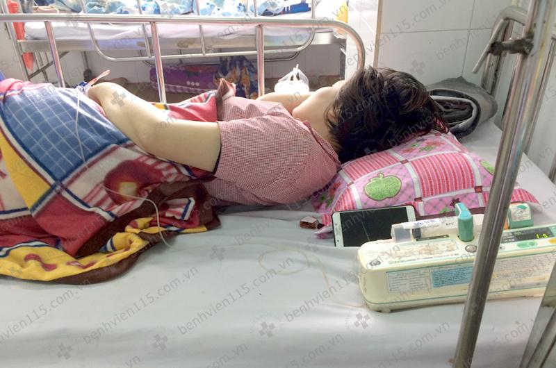 Tự mua thuốc cảm cúm điều trị, người phụ nữ hôn mê, suýt tử vong