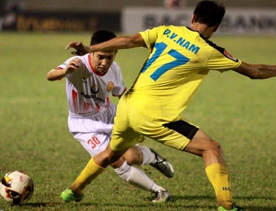 HLV Nam Định nói gì khi đội nhà đánh Bại Hà Nội FC?