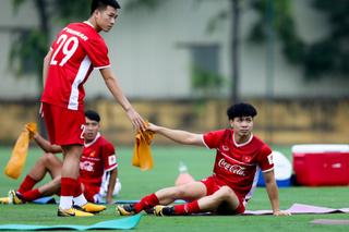 Đội tuyển Việt Nam đón ca chấn thương đầu tiên trước AFF Cup 2018