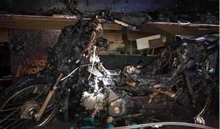 Thanh Hóa: Cửa hàng điện thoại di động bị lửa thiêu rụi lúc nửa đêm