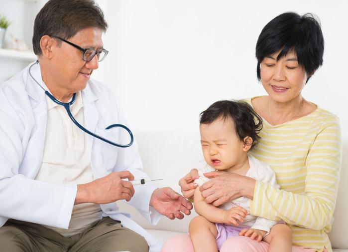 Trẻ tiêm phòng không sốt là thuốc không có tác dụng?