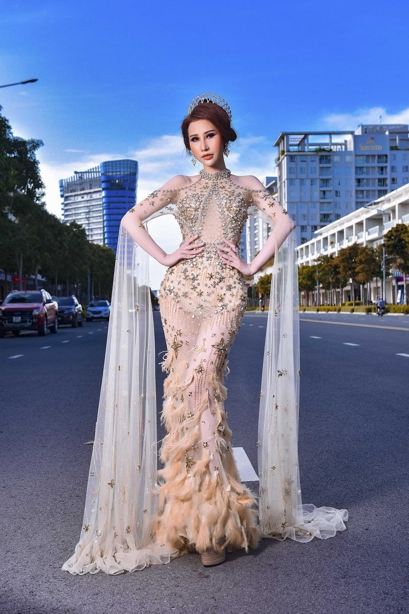 Hoa hậu Chi Nguyễn kiêu sa và duyên dáng trong bộ ảnh mới7