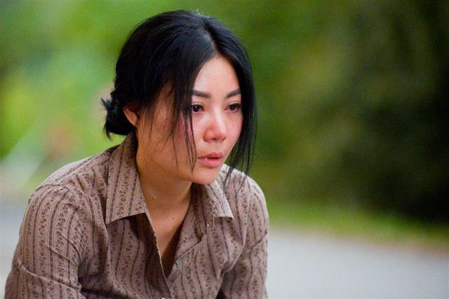 Đạo diễn, biên kịch tiết lộ về cái kết bị kịch của Quỳnh búp bê
