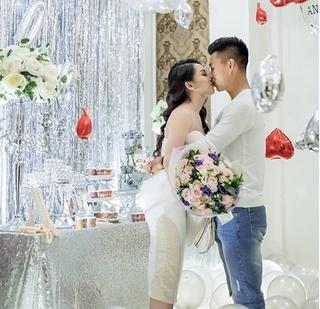 Bạn gái động viên Vũ Văn Thanh khiến hàng triệu fan xúc động