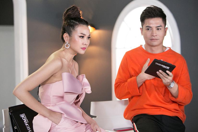 Tập 4 The Face: Võ Hoàng Yến hồn nhiên chơi oản tù tì với Minh Hằng mặc Thanh Hằng la hét