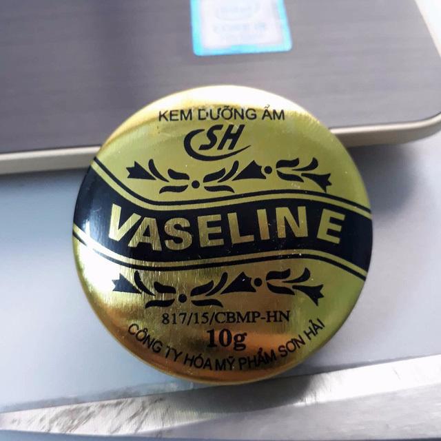 Thu hồi khẩn kem dưỡng ẩm Vaseline SH do không đạt chất lượng