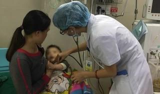 Sốc phản vệ khi tiêm kháng sinh, bé 10 tháng đối mặt với tử thần