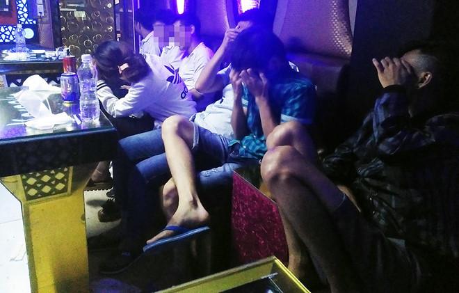 Hưng Yên: Hàng chục thanh niên dùng ma tuý để tổ chức sinh nhật