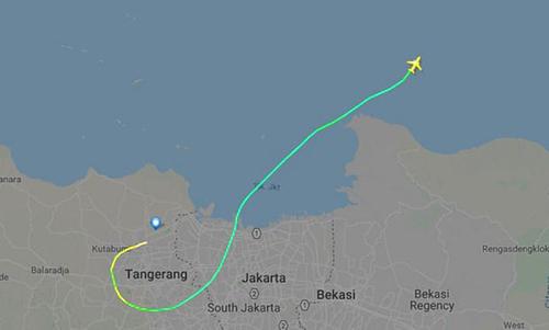 Máy bay Indonesia chở 189 người gặp nạn chỉ 13 phút sau khi cất cánh