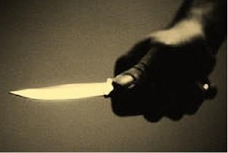 Níu kéo tình cảm không thành, nam sinh lớp 12 đâm bạn gái