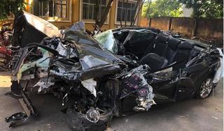 Cận cảnh xe Mazda3 nát bét sau tai nạn thảm khốc trên cao tốc Hải Phòng - Quảng Ninh