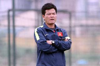 HLV Nguyễn Văn Sỹ nói gì khi Viết Tú bị loại khỏi đội tuyển Việt Nam?