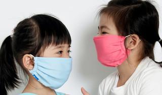 Đeo khẩu trang có bảo vệ được trẻ khỏi ô nhiễm và các bệnh hô hấp?