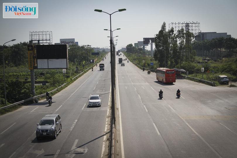 Cây cầu duy nhất ở Hà Nội chỉ dành cho người đi bộ, xe thô sơ và xe máy đi qua2