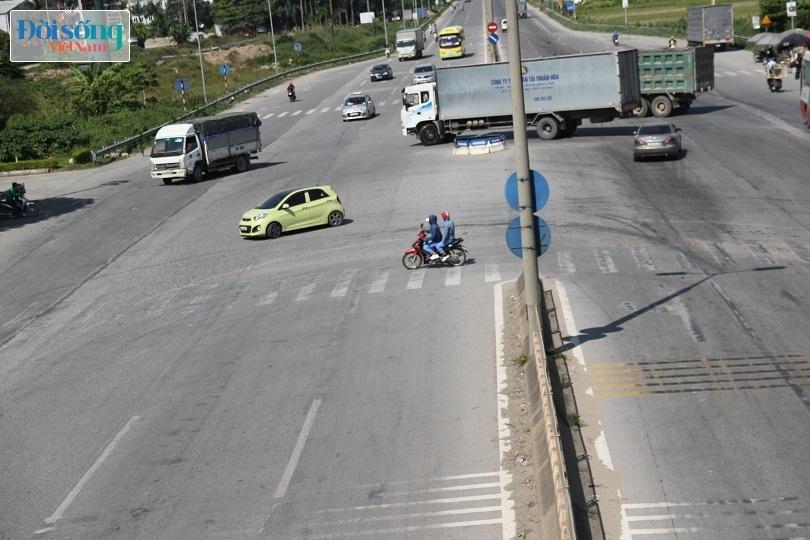 Cây cầu duy nhất ở Hà Nội chỉ dành cho người đi bộ, xe thô sơ và xe máy đi qua14