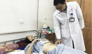 Cụ bà 101 tuổi bị khối u buồng trứng nặng hơn 4 kg