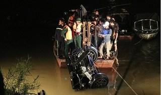Chủ xe Mercedes lao từ cầu Chương Dương xuống sông Hồng là phụ nữ