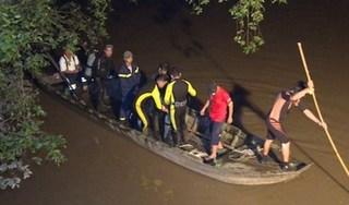 Tìm thấy thi thể bé gái 7 tuổi ngã xuống sông mất tích sau va chạm giao thông