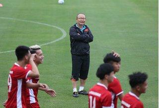 Thầy trò HLV Park Hang Seo gặp khó khăn bất ngờ tại AFF Cup 2018