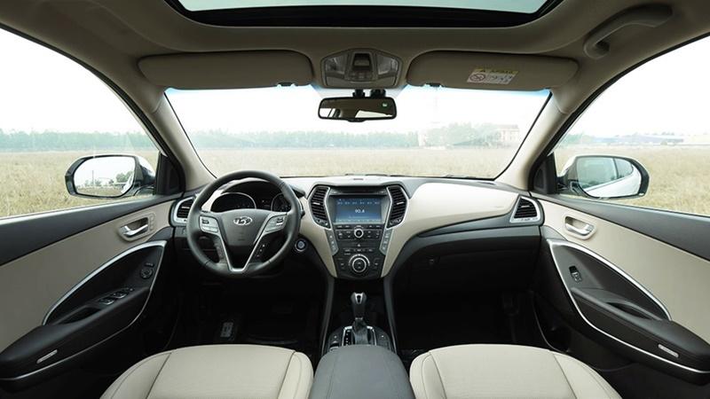 Lộ thiết kế xe Hyundai SantaFe đầu tiên về đại lý 2