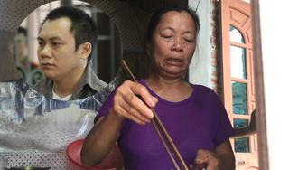 Mẹ tài xế container tông Innova: 'Hoàng khổ từ bé, 12 tuổi phải đi xách vữa kiếm sống'