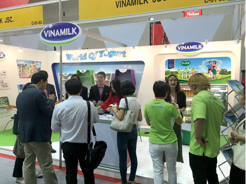 Sản phẩm sữa Vinamilk ra mắt người tiêu dùng Trung Quốc tại dự Hội chợ nhập khẩu quốc tế Trung Quốc lần thứ nhất (CIIE 2018)