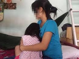 'Yêu râu xanh' vờ đau bụng, hiếp dâm bé gái 8 tuổi hàng xóm