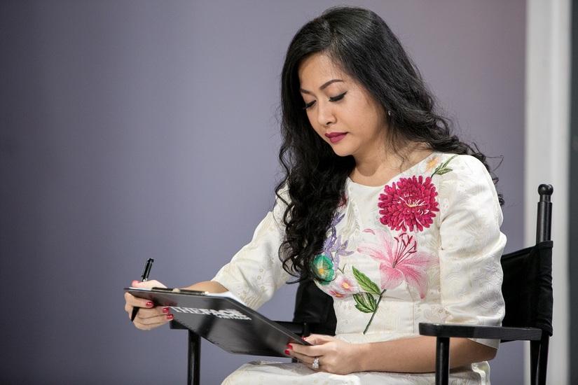 'Cô gái tỉ đô' Trần Uyên Phương phủ đầu bộ 3 HLV The Face 2018 bằng những nhận xét gay gắt