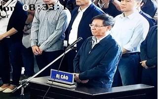 CLIP: 2 lần trả lời nhầm tại tòa của ông Phan Văn Vĩnh