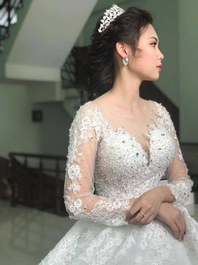 Đám cưới tiền tỉ ở Vĩnh Phúc: Cô dâu xinh, mời Ngọc Sơn về hát10