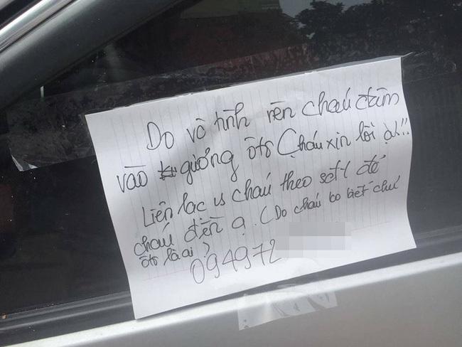 Chẳng may làm trầy xước trên xe ô tô, thủ phạm để lại lời nhắn láu cá8